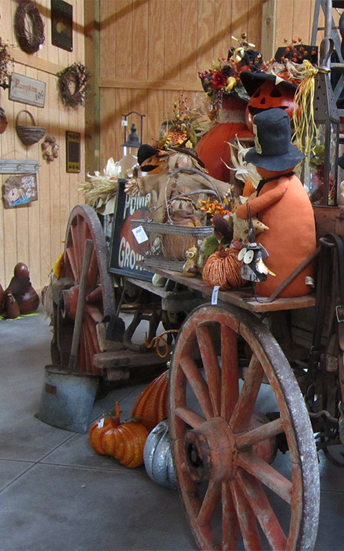 Stop by the Pumpkin Pantry and Gift Shop at The Walters' Farm Pumpkin Patch and Corn Maze in Burns, KS, near El Dorado and Wichita,  for Kansas made gifts and great holiday decorations and sweet treats!